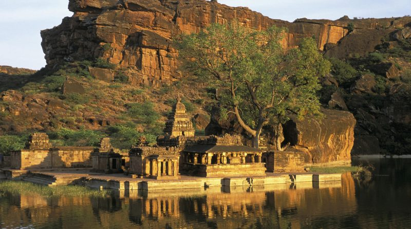 List of Places to Visit in Karnataka, India