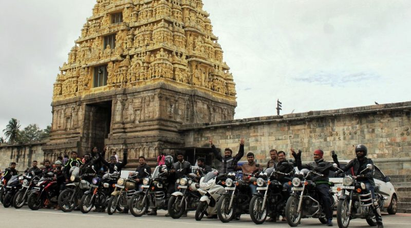 Belur Halebid Temples and Bikers from Road Thrill