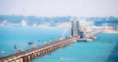 Pamban Bridge before Rameshwaram